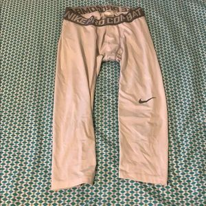Used White Nike compression 3/4 pants M